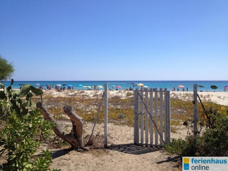 Ferienhaus in sued sardinien costa rei villen direkt am for Sardinien ferienhaus am strand