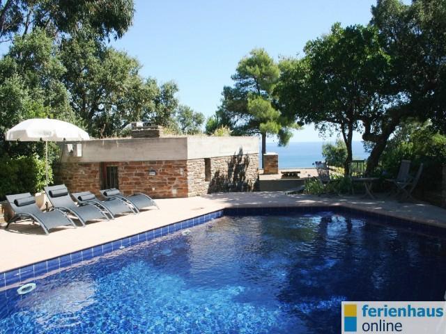 Ferienhaus In Bormes Les Mimosas, PROVENCE / COTE Du0027AZUR. Villa Mit  Privatem Pool (beheizt) Mit 4 Zimmer, Davon 3 Schlafzimmer Für Max.